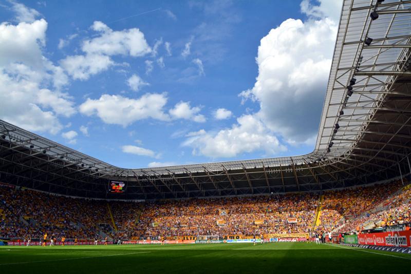 Dynamo Dresden Gegen Holstein Kiel Im Mdr Livestream