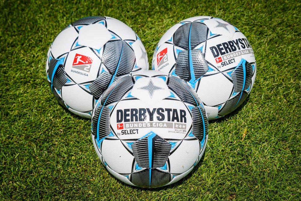 Offizieller Spielball 2019 20 Debutiert In 2 Liga